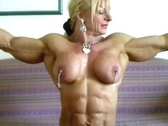 Horny bodybuilders enjoy fucking