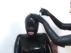smother latex sult