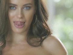 Free Latina Milf Video Thumbnails